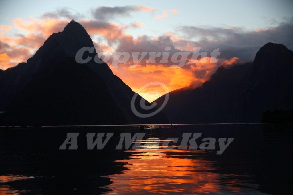 Milford Sound Sunset Fiordland New Zealand